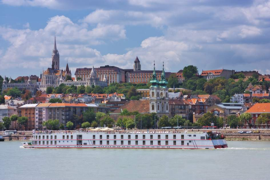 Cruising on the Danube past the Buda part of Budapest.