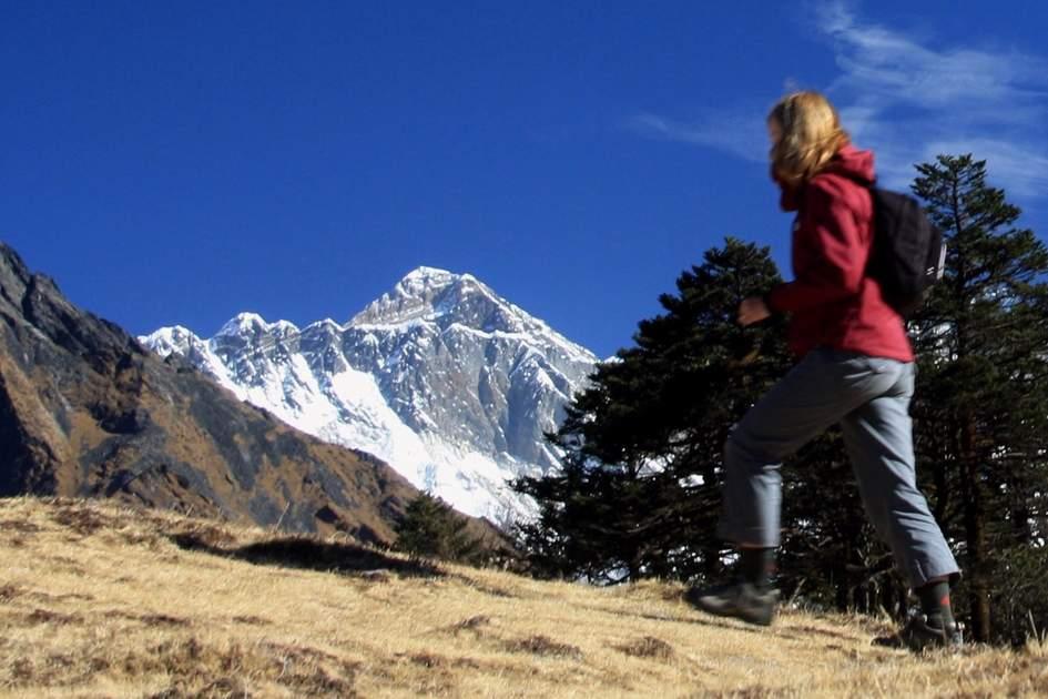 Everest on Namche acclimatisation walk