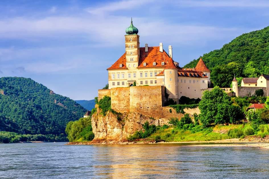 Schonbuehel castle, Danube river, Austria