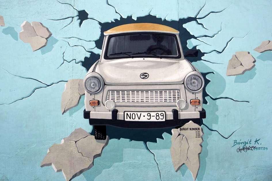 La Trabant by Birgit Kinder, The East Side Gallery, Berlin