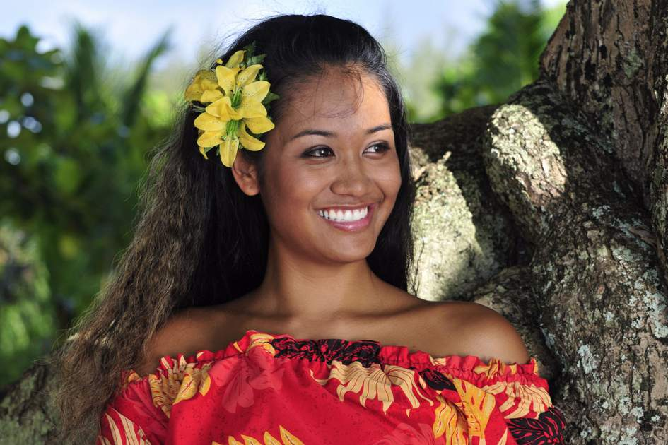 Portrait of a beautiful native Hawaiian teenage girl