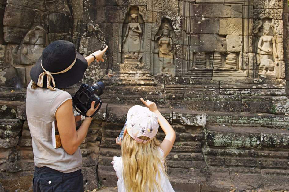 Mother and daughter at Angkor. Photo: Shutterstock