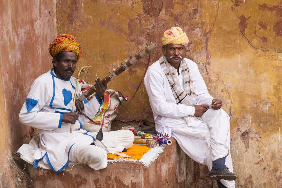 Musicians in the courtyard of AMber Fort. Photo: Shutterstock