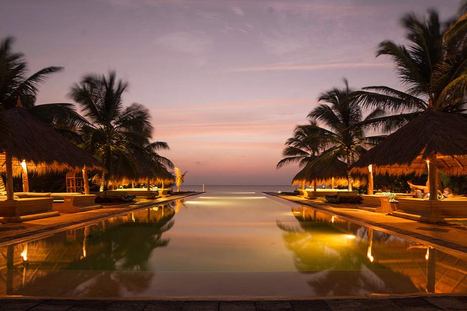 Bar Reef hosts serene views out over the sea