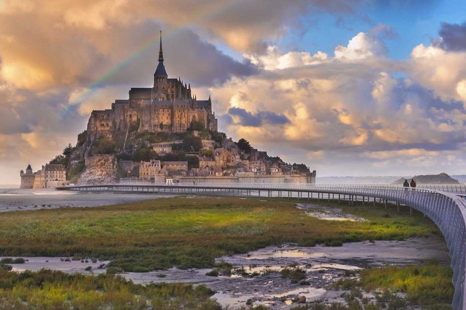 The leading walkway to Le Mont-Saint-Michel. Photo: Shutterstock