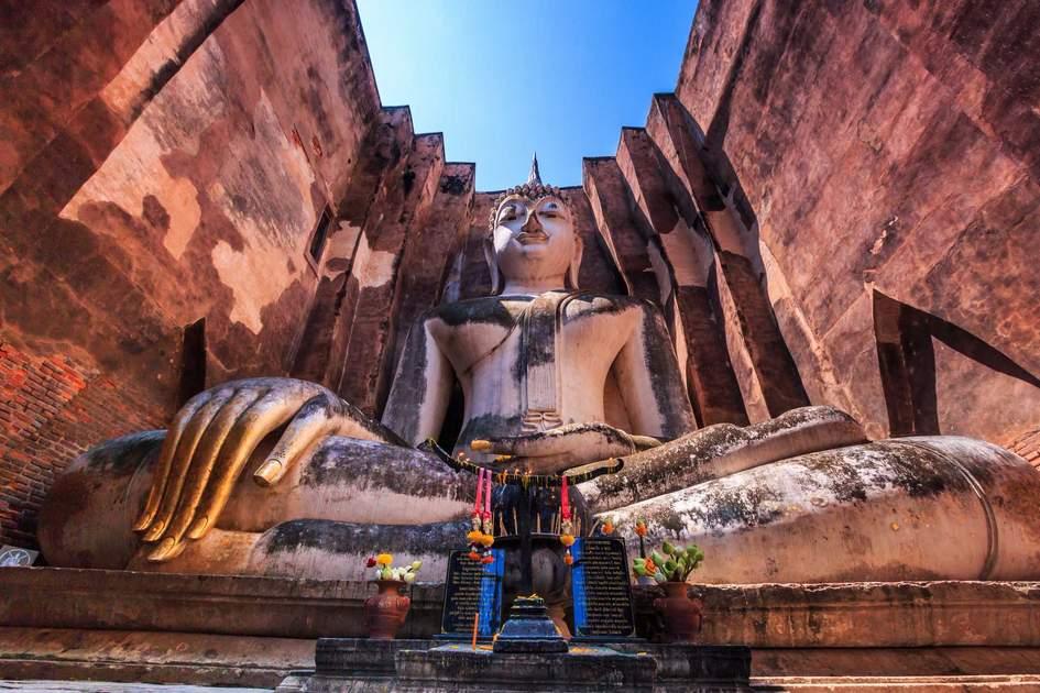 Seated Buddha at Wat Si Chum, Thailand