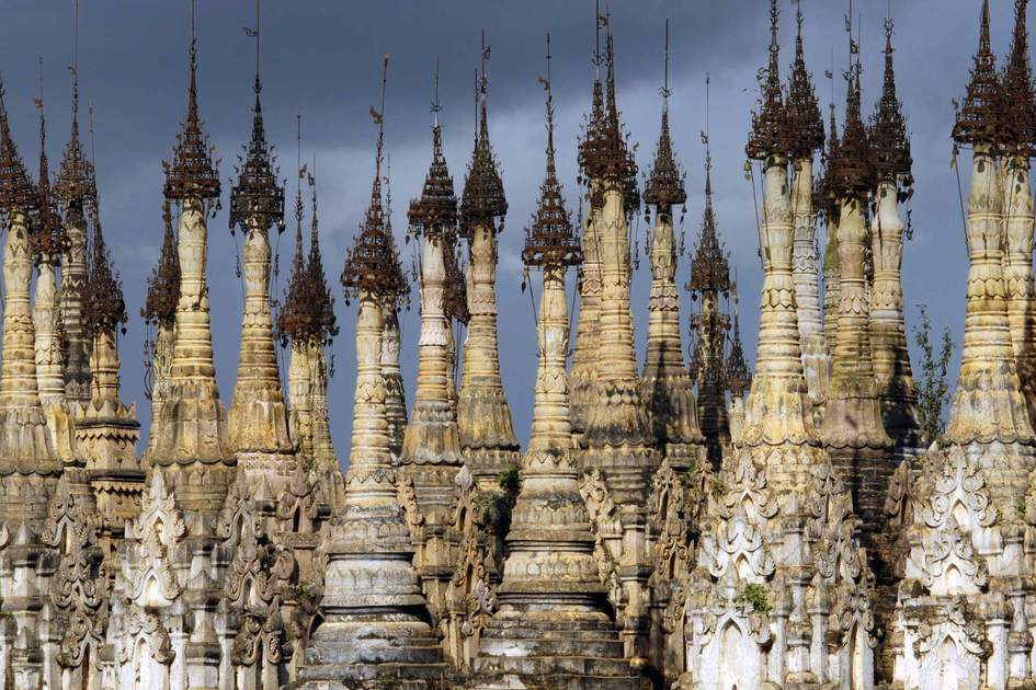 Kakku pagodas are nearly 2500 beautiful stone stupas hidden in a remote area of Myanmar not very far from the lake Inle.