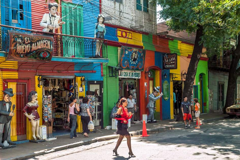 In the streets of La Boca in Buenos Aires is a number of colorful houses and tango teachers.