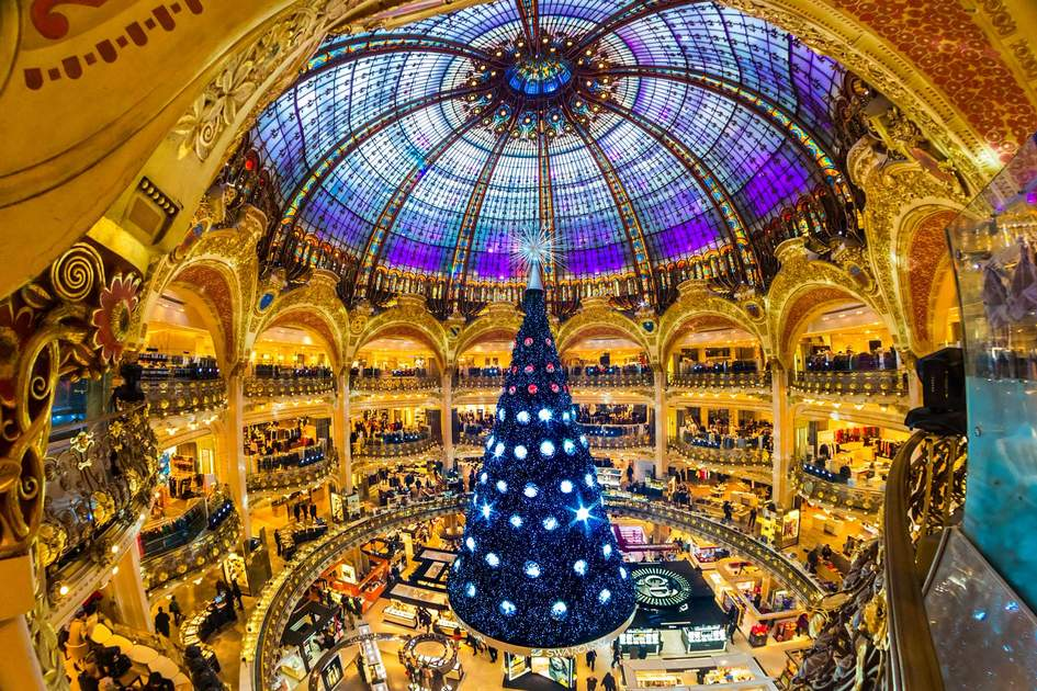 The Christmas tree at Galeries Lafayette in Paris. Photo: Shutterstock