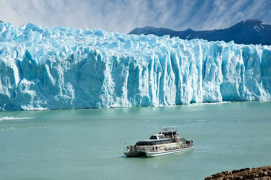 Boat sailing near Perito Moreno glacier in Patagonia, Argentina. Photo: Shutterstock