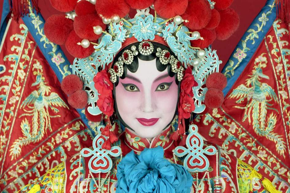 Traditional Beijing opera actress in Shanghai. Photo: Shutterstock