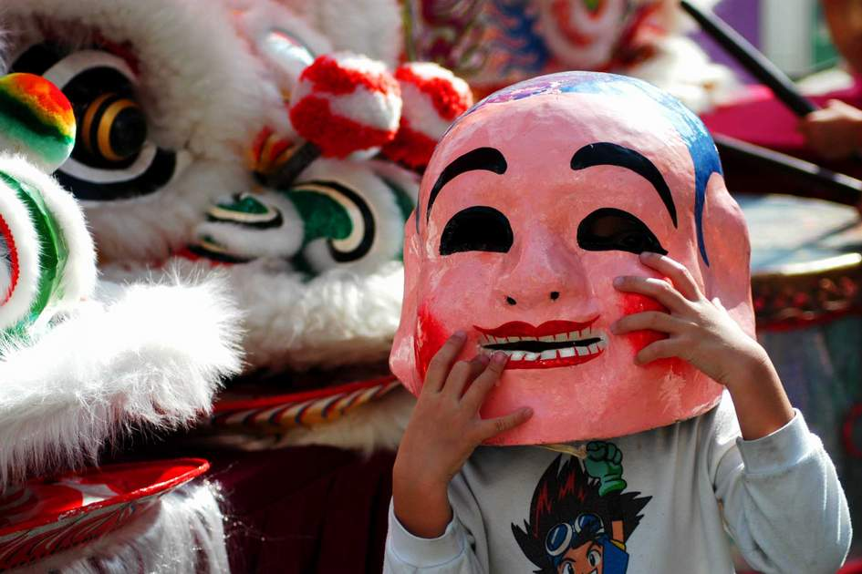Chinese New Year lion dance preparations, Hong Kong. Photo: Shutterstock