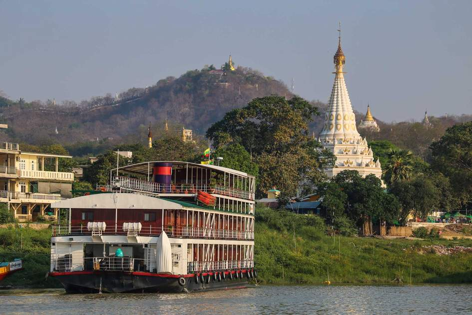Ship on the river Irrawaddy on the road to Mandalay, Myanmar. Photo: Shutterstock