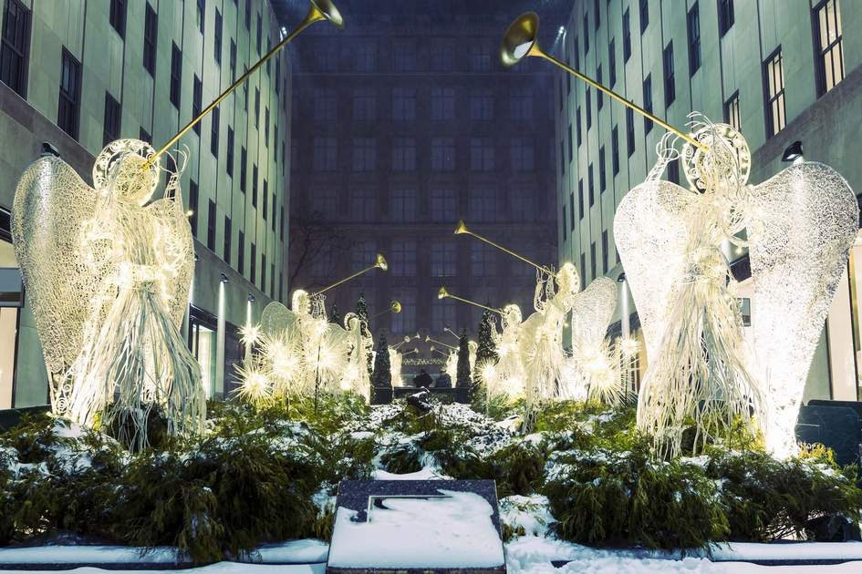 New York Christmas decorations. Photo: Shutterstock