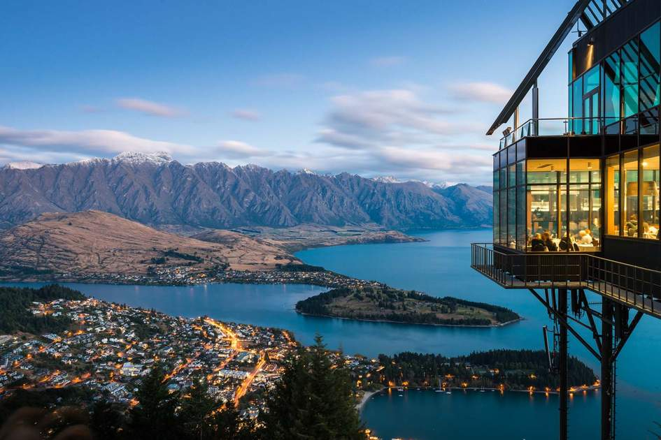 Queenstown dining with a view. Photo: Ruklay Pousajja/Shutterstock