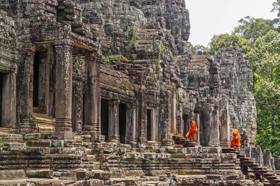 Monks at Angkor Wat, Cambodia. Photo: robin veret/Shutterstock