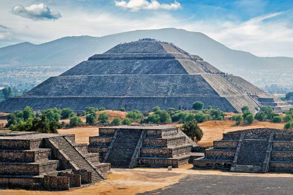 Pyramid of the Sun, Teotihuacán, Mexico. Photo: DR Travel Photo and Video/Shutterstock