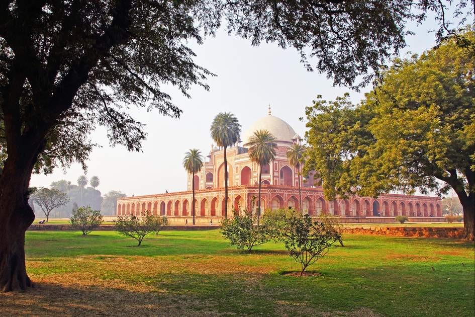 Humayun's Tomb in New Delhi. Photo: Sergii Rudiuk/Shutterstock