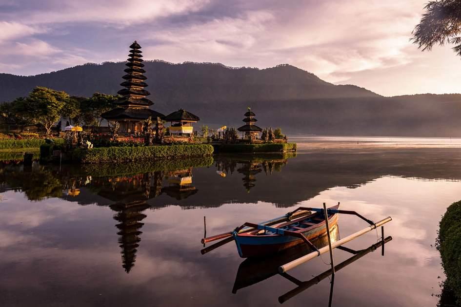 Ulun Danu Beratan temple, Bali, Indonesia. Photo: Sudip Ray/Shutterstock