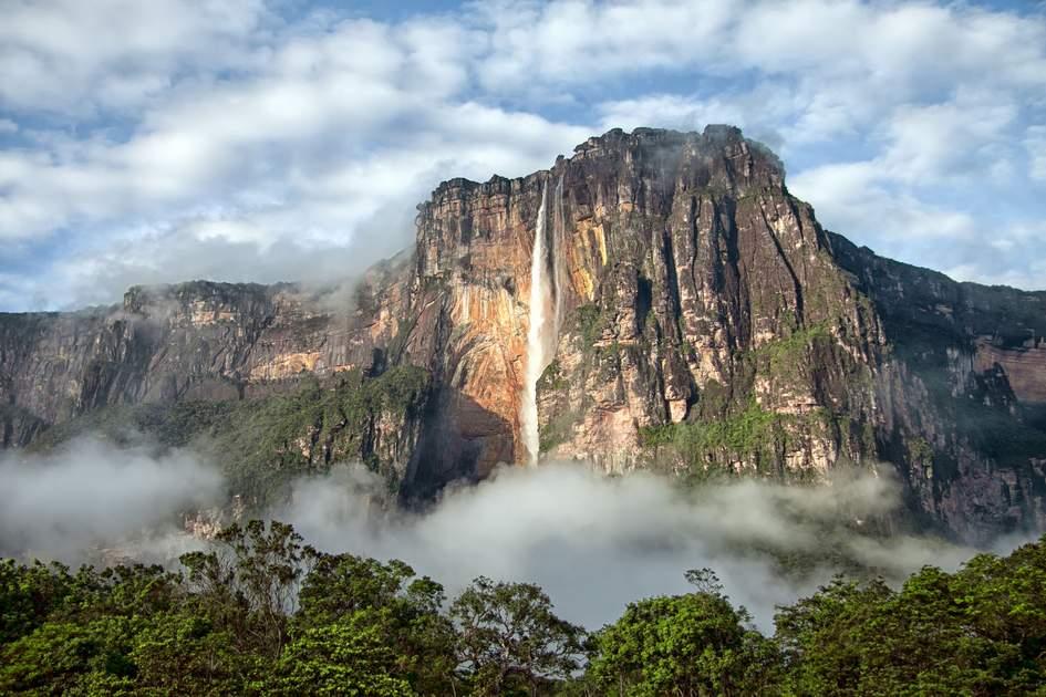 Angel waterfall, Venezuela. Photo: Alice Nerr/Shutterstock