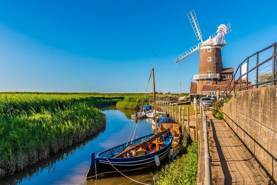 River Glaven in Cley, Norfolk. Photo: Nicola Pulham/Shutterstock