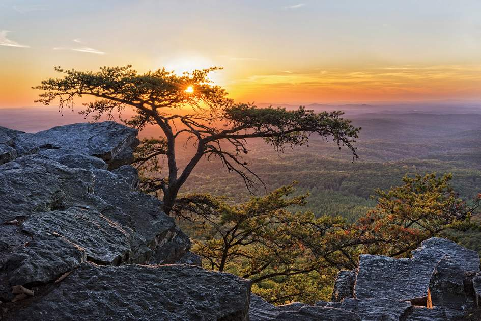 Sunset in the Cheaha Mountain State Park in Alabama. Photo: Jim Vallee/Shutterstock