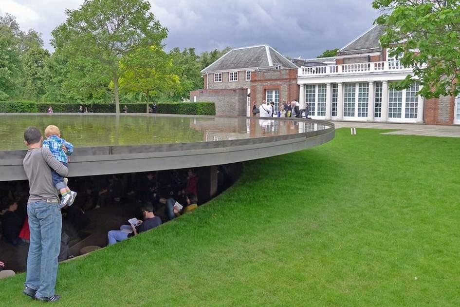 Serpentine Gallery Pavilion 2012, (photo by James Macdonald)
