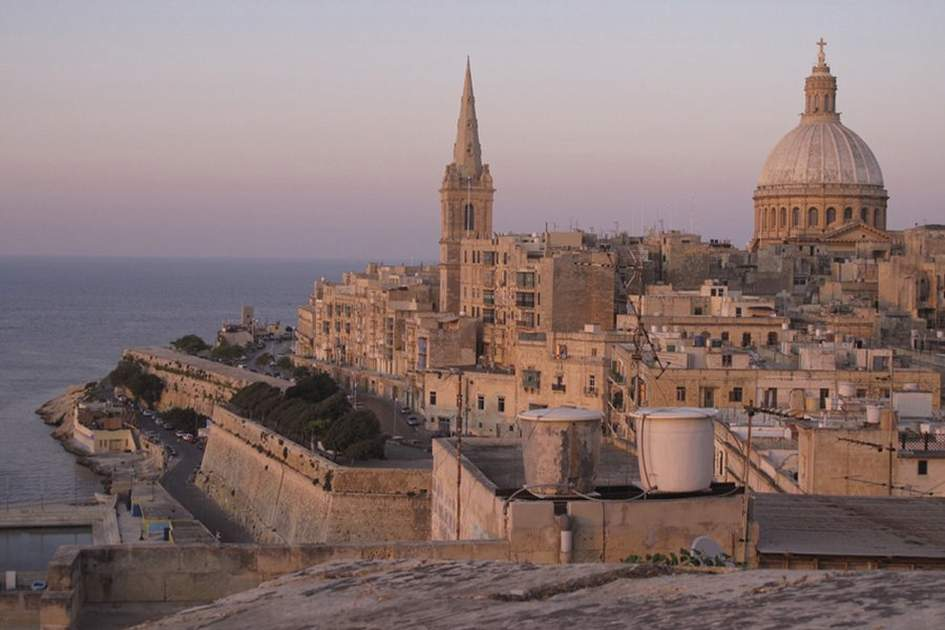 A view of Valletta and the Carmelite Church dome, (photo by Sylvaine Poitau)