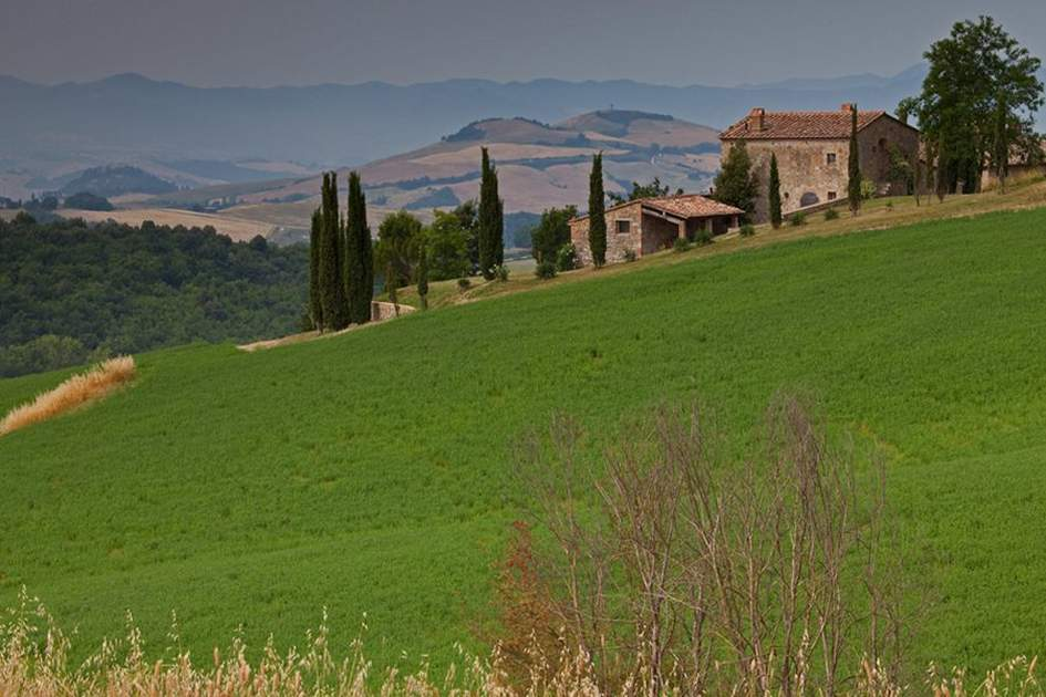 Classic Tuscany, (photo by Steve McDonald)