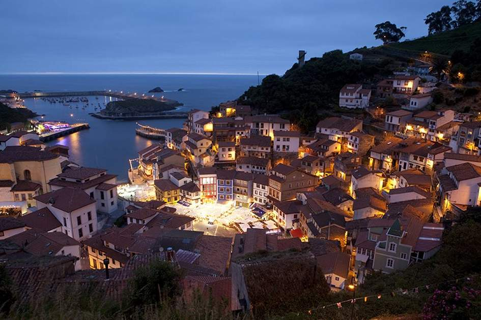 Overlooking the harbour, Cudillero, Cantabria, (photo by Corrie Wingate)