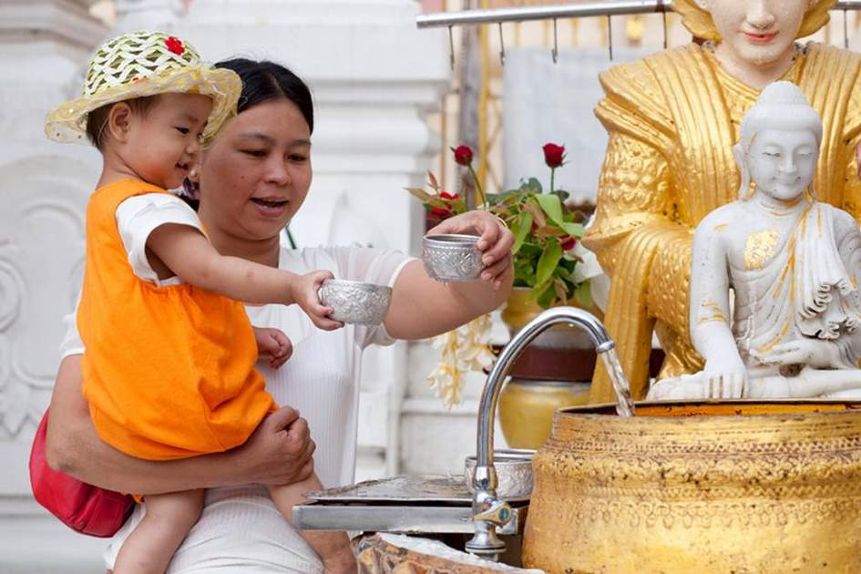 Shwedagon Pagoda, (photo by Corrie Wingate)
