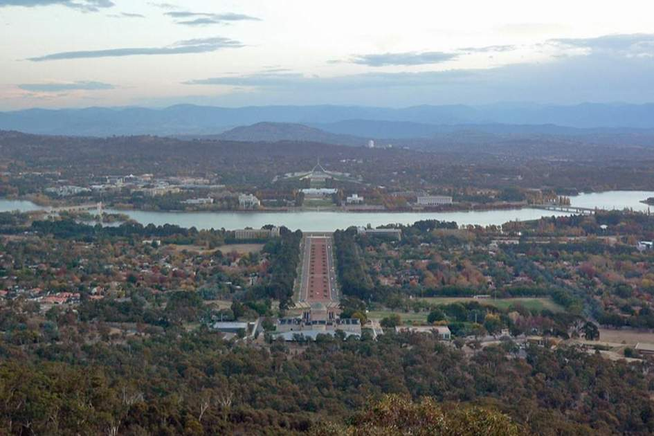Canberra, (photo by Richard Gifford)