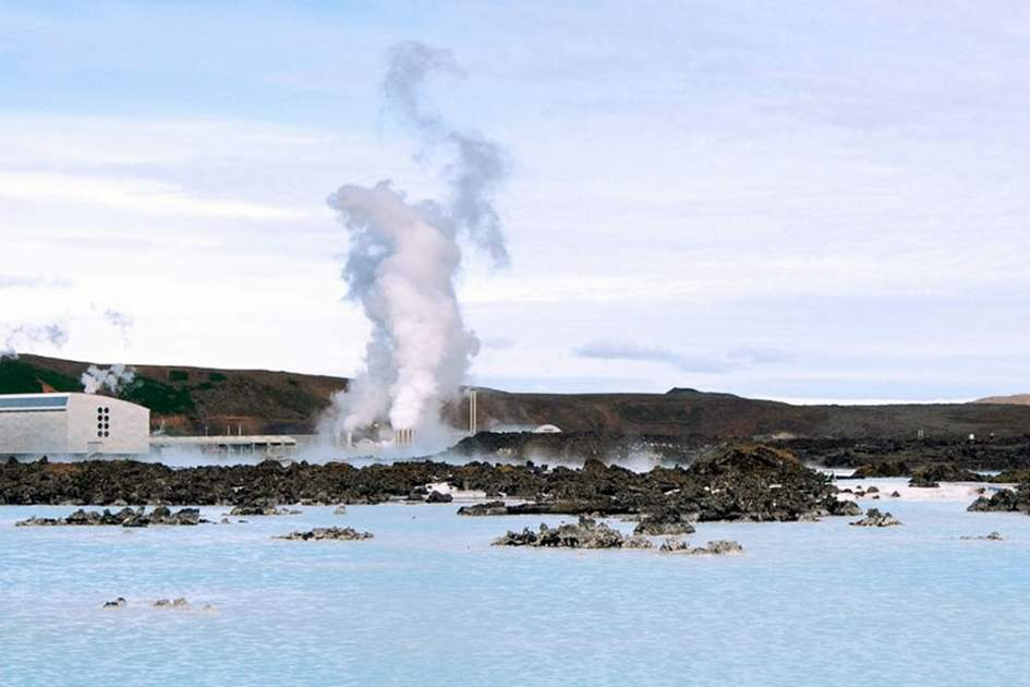 Blue Lagoon, (photo by Ming Tang-Evans)