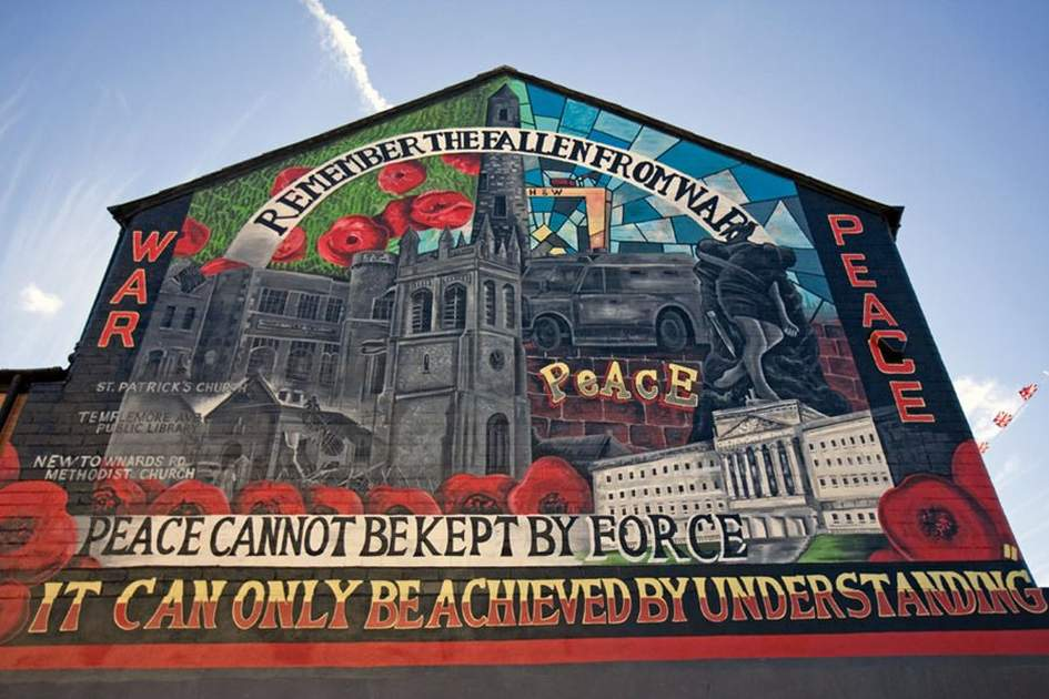 A mural in Belfast, (photo by Kevin Cummins)