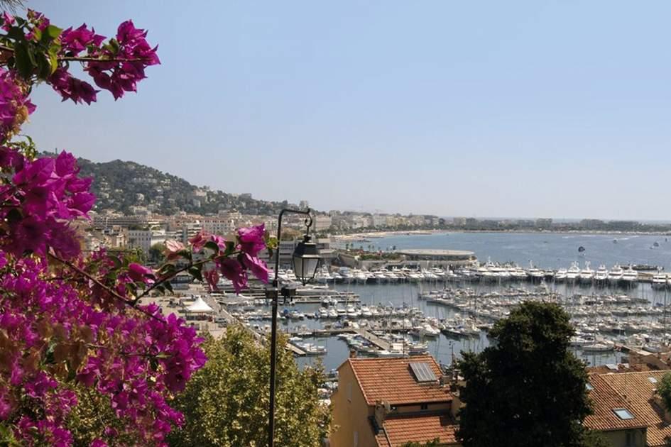Cannes, (photo by Sylvaine Poitau)