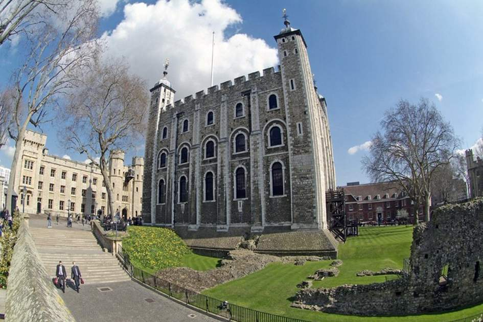 The Tower of London, (photo by Glyn Genin)