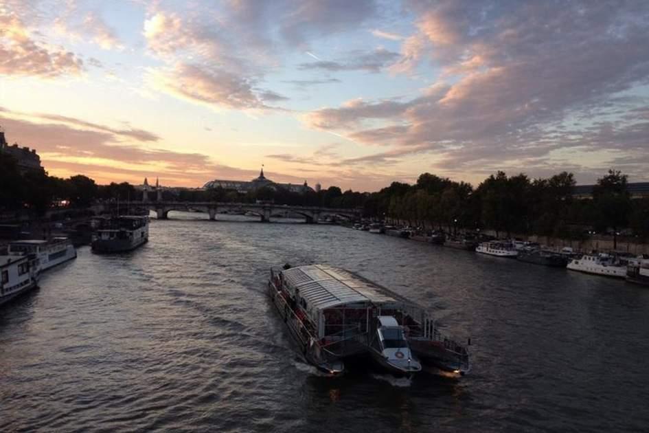 River Seine, Paris, (photo by Tom Stainer)