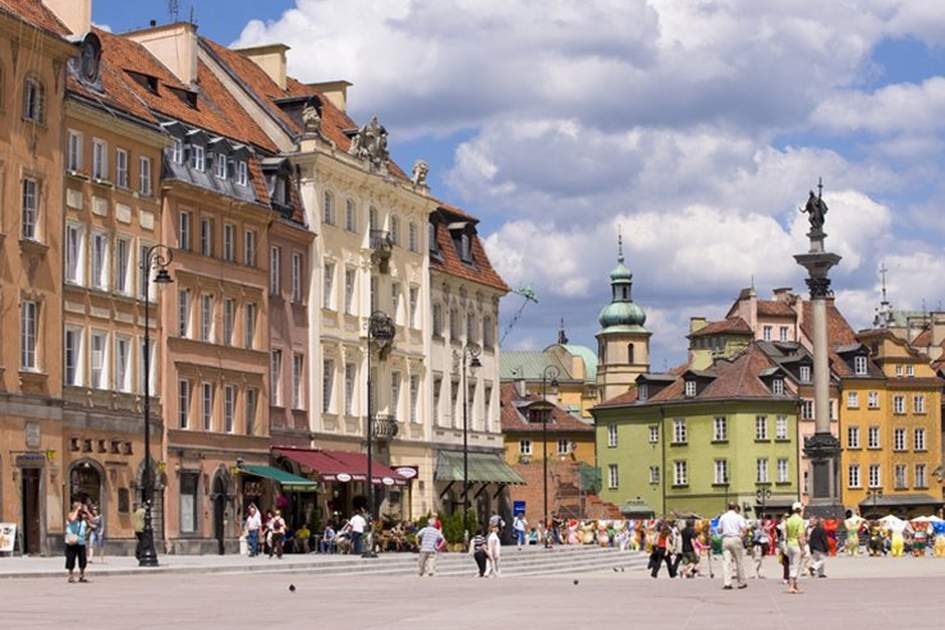 Warsaw Old Town, (photo by Apa Publications)